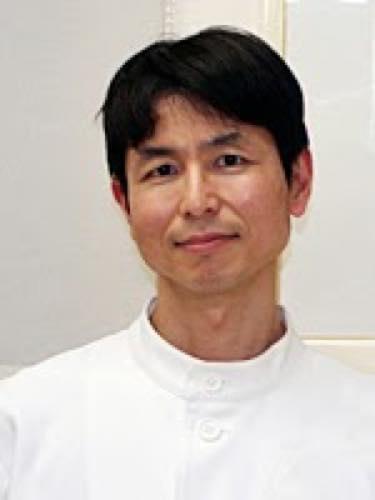 寺田 康雄(てらだ やすお)